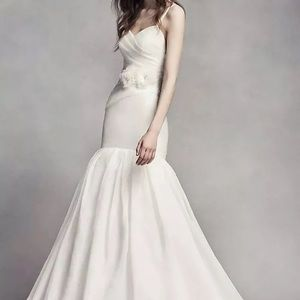 Vera Wang wedding Dress Organza 8